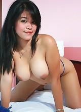 Scorching hot rack on busty filipina nude babe