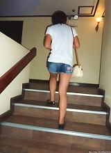 Bareback for Walking Street girl