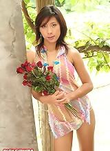 Breasty Ploy Sirinda Red Roses Strip