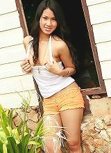 Teen Neighbour Memi Paweena Calls
