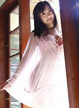 Gorgeous babe Sayuri Otome looks incredibly hot as a sexy nurse