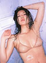 Haruna Yabuki cute model posing in her bra and panties