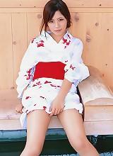 Rimi Tachibana looking amazing in her skimpy bikini