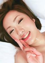 Japanese honey Nene Iino's shaved muff pounded