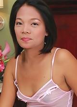 Pretty young Filipina babe fucks a friend in hotel room