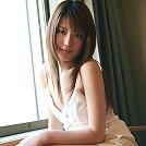 Asian babe Nanami