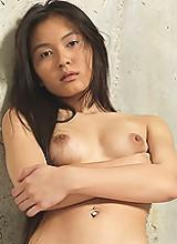 Yoko Black Raven