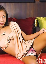 Thai spinner posing daintily for the camera