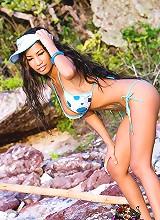 Lulu Sex Bomb strikes a pose on the beach