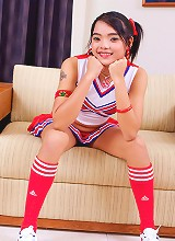 Thai teen Mini shows her tiny pussy!