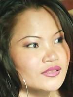 Stunning Thai babe shows her shaved snatch