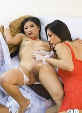 Thai Miko playing with Mins body